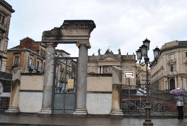 Римский амфитеатр в Катании